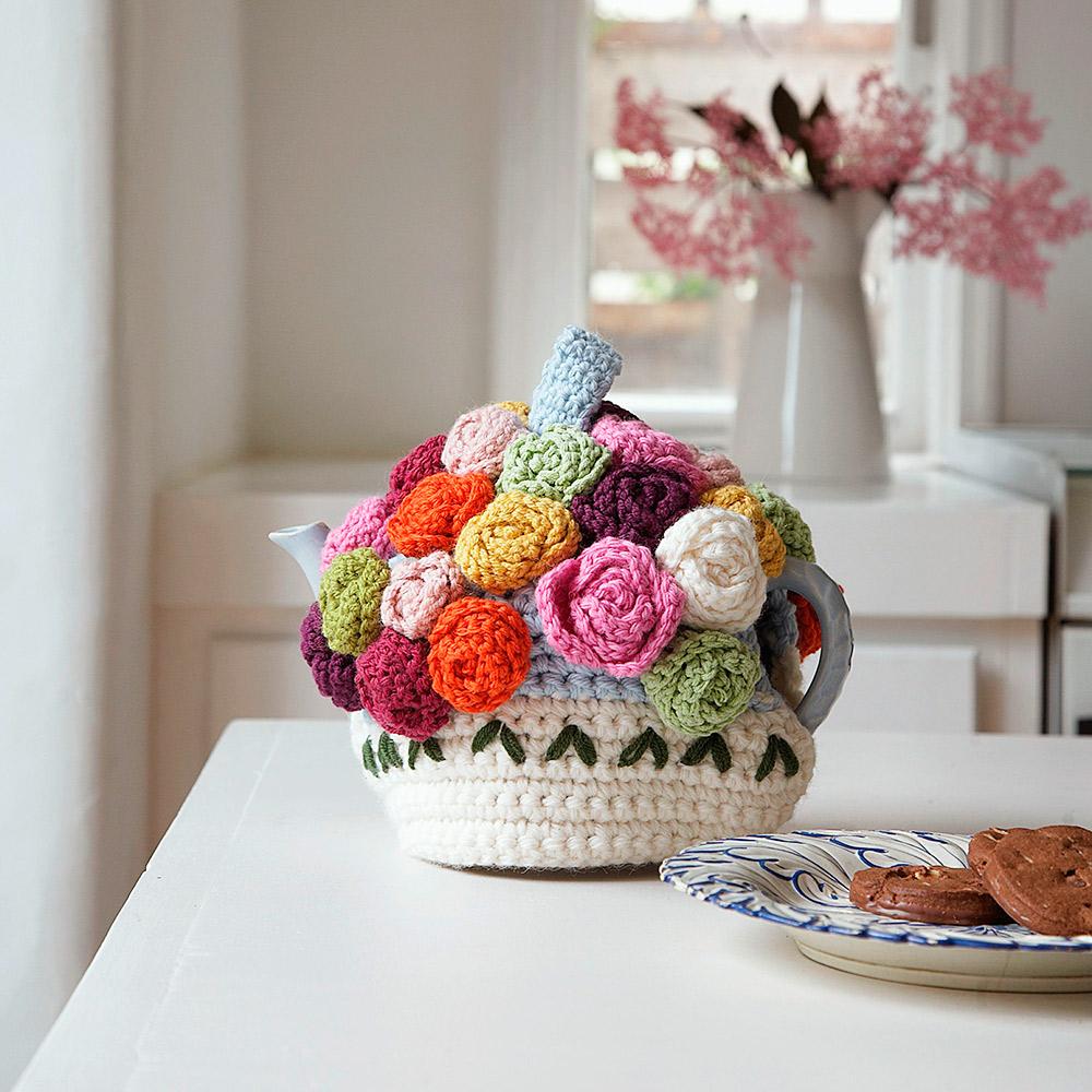 Chicken Tea Cosy Knitting Pattern Free : Tea cosy knitting pattern
